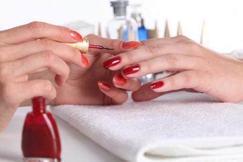 red-nails--girls--nail-polish--women_3219745