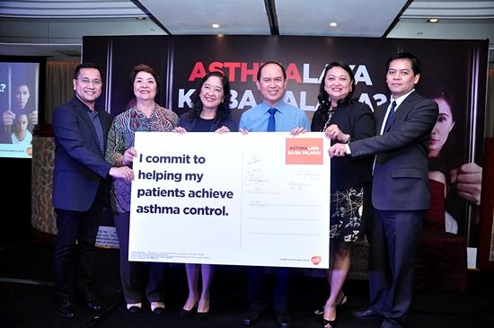 Dr Melvin Pasay of GSK, Dr. Jennifer Ann Wi of PCCP, Dr Sylvia Yang PCCP, Dr. Vincent Balanag, PCCP Pres, Dr. Carmela Kasala and Dr Gio Barangan of GSK