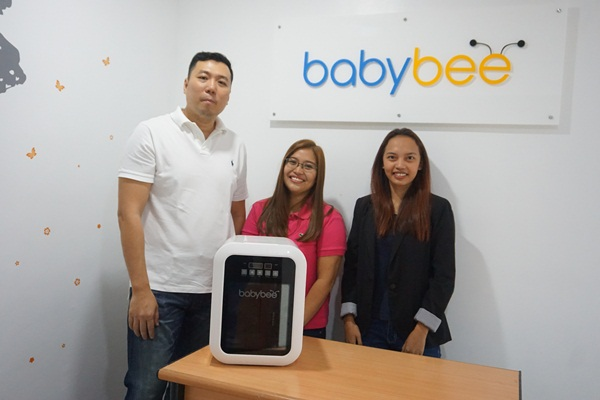 With Mr. William T. Choa, owner of BabyBee and his marketing team.